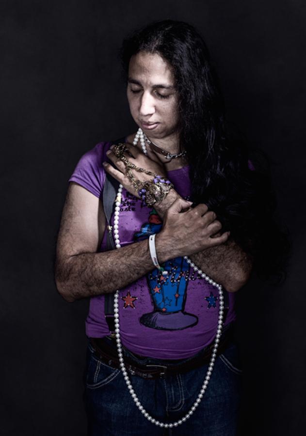 Трансгендер Диник, в прошлом мужчина из Латинской Америки, фотограф Бенедикт Эванс (Benedict Evans) для New Yorker