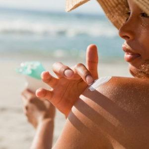 Гирсутизм и солнце: можно ли загорать при нежелательных волосах?